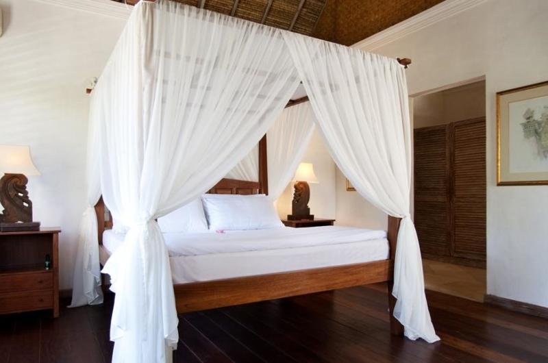 Four Poster Bed - Villa Inti - Canggu, Bali