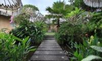 Pathway - Villa Inti - Canggu, Bali
