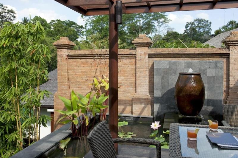 Outdoor Dining - Villa Iskandar - Seseh, Bali