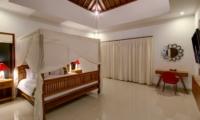 Bedroom with Study Table - Villa Istana Dua - Seminyak, Bali