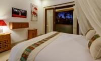 Bedroom and Balcony - Villa Istana Dua - Seminyak, Bali