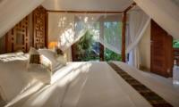 Bedroom with Garden View - Villa Istana Satu - Seminyak, Bali