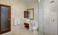 Bathroom with Shower - Villa Istana Satu - Seminyak, Bali