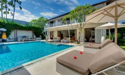 Gardens and Pool - Villa Jajaliluna - Seminyak, Bali