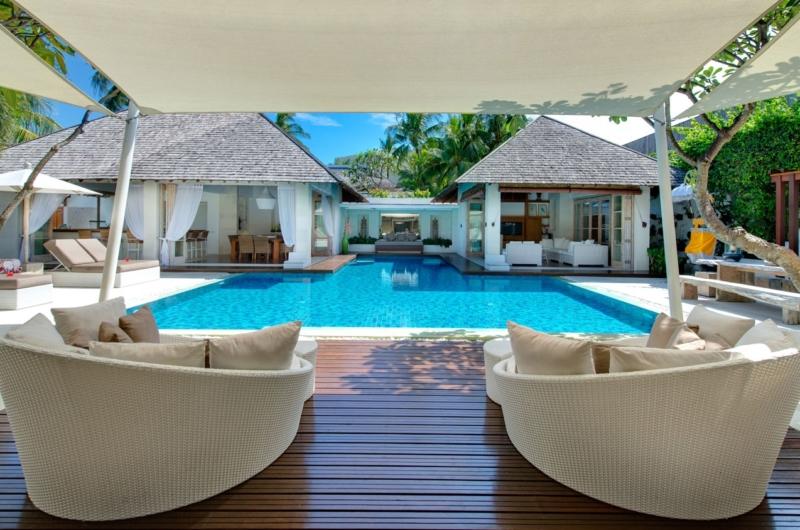 Pool Side Seating Area - Villa Jajaliluna - Seminyak, Bali