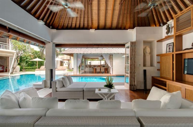 Living Area with Pool View - Villa Jajaliluna - Seminyak, Bali