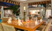 Dining Area with Pool View - Villa Jajaliluna - Seminyak, Bali