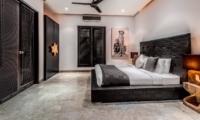 Spacious Bedroom - Villa Jepun Residence - Seminyak, Bali