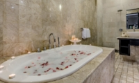 Bathtub - Villa Jepun Residence - Seminyak, Bali