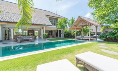 Gardens and Pool - Villa Kadek - Seminyak, Bali