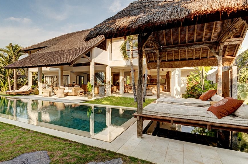 Pool Bale - Villa Kadek - Seminyak, Bali