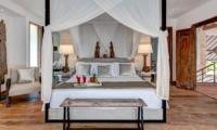Bedroom with Table Lamps - Villa Kadek - Seminyak, Bali