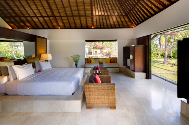 Bedroom with Garden View - Villa Kailasha - Tabanan, Bali