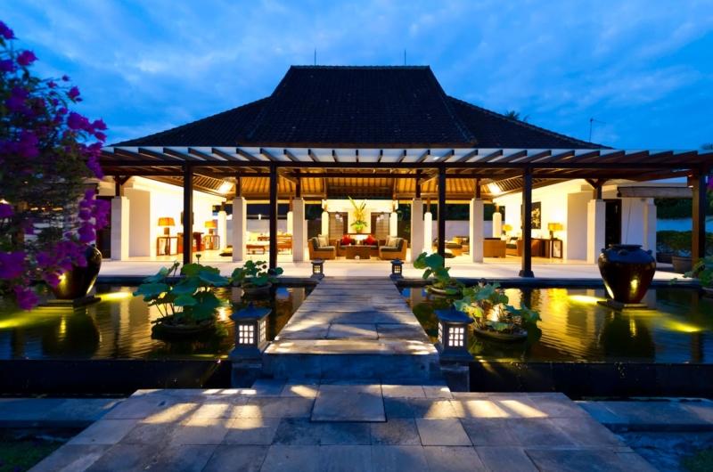 Night View - Villa Kailasha - Tabanan, Bali