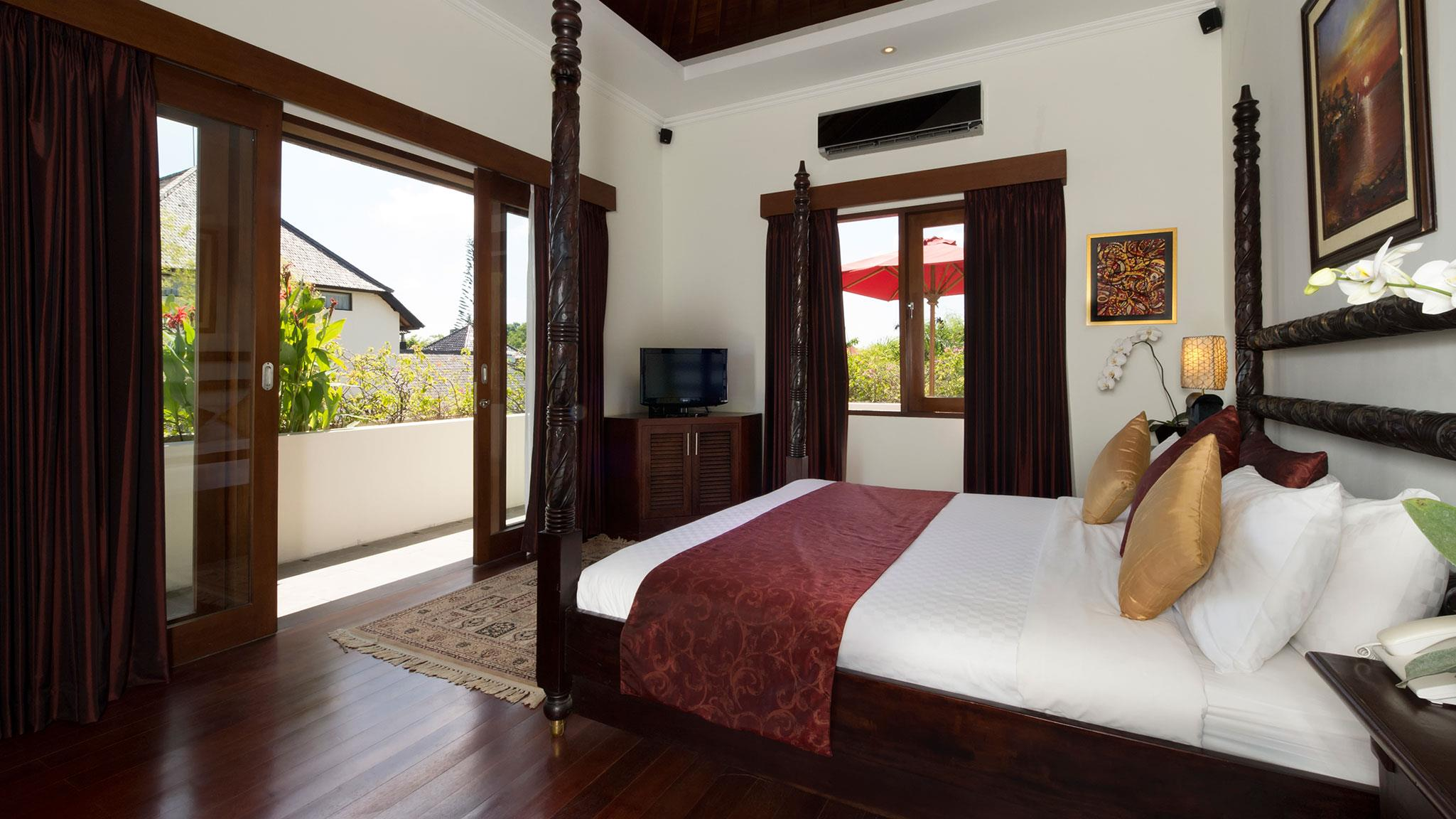 Bedroom and Balcony - Villa Kalimaya Four - Seminyak, Bali