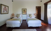 Twin Bedroom - Villa Kalimaya Four - Seminyak, Bali