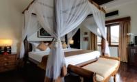 Bedroom with Seating Area - Villa Kalimaya Three - Seminyak, Bali
