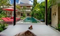 Pool Bale - Villa Kalimaya Two - Seminyak, Bali