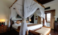 Four Poster Bed with TV - Villa Kalimaya Two - Seminyak, Bali