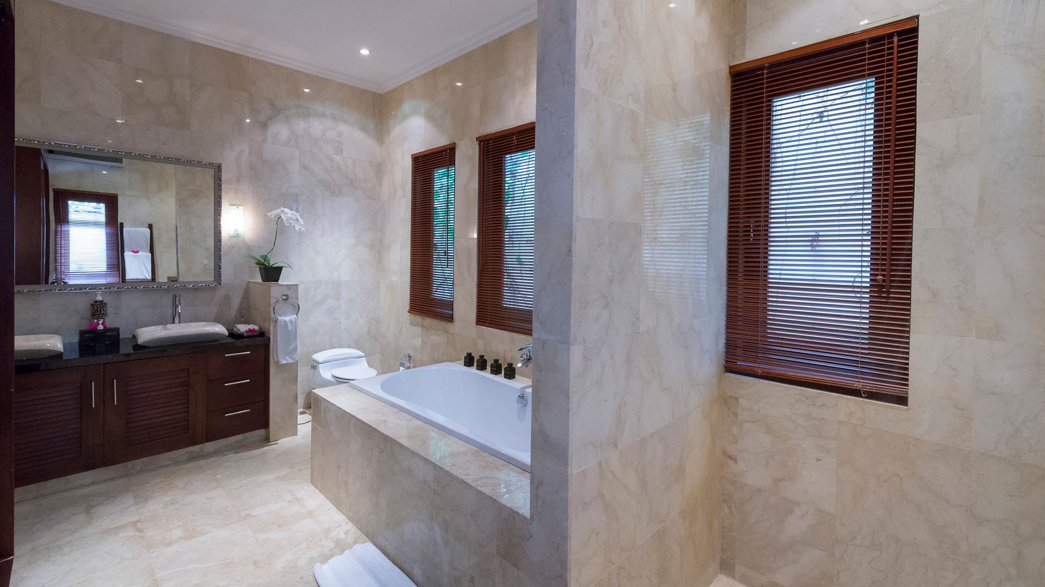 Bathroom with Windows - Villa Kalimaya Two - Seminyak, Bali