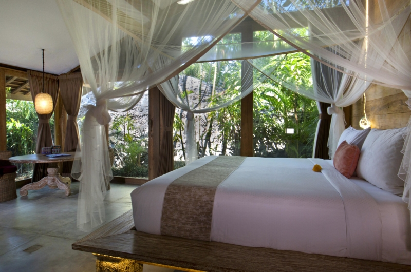 Bedroom with Garden View - Villa Kalua - Umalas, Bali