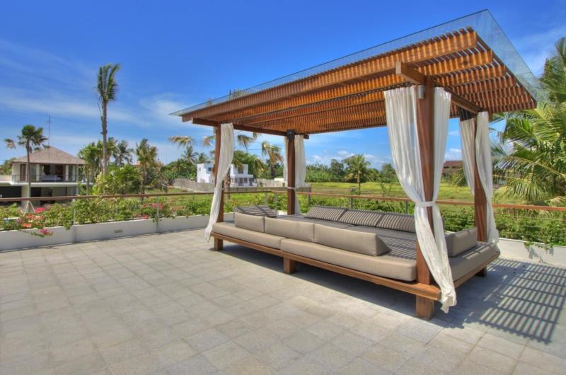 Open Plan Lounge Area - Villa Kalyani - Canggu, Bali