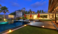 Sun Beds with Projector - Villa Kalyani - Canggu, Bali