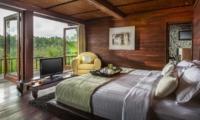 Bedroom and Balcony - Villa Kamaniiya - Ubud, Bali