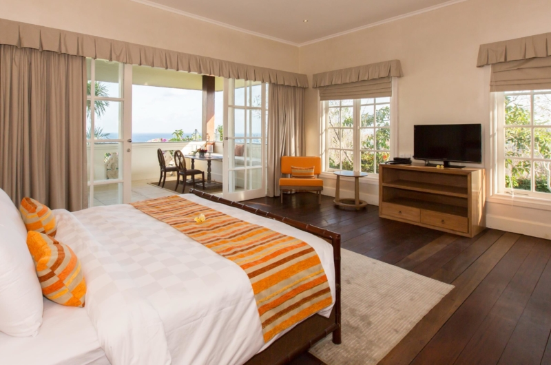 Bedroom with TV - Villa Karang Dua - Uluwatu, Bali