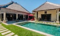 Pool Side Seating Area - Villa Kebun - Seminyak, Bali