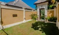 Entrance - Villa Kebun - Seminyak, Bali