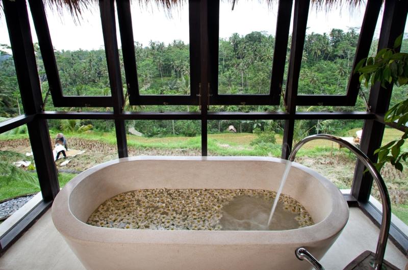 Semi Open Bathtub - Villa Kelusa - Ubud, Bali