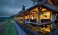 Night View - Villa Kelusa - Ubud, Bali