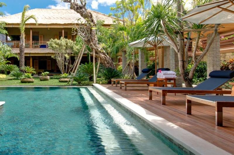 Reclining Sun Loungers - Villa Kinara - Seminyak, Bali