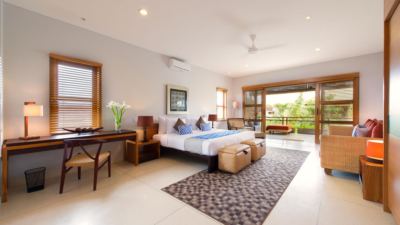 Spacious Bedroom and Balcony - Villa Kinara - Seminyak, Bali