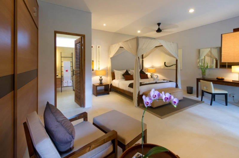 Bedroom with Study Table - Villa Kinaree Estate - Seminyak, Bali