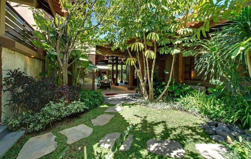 Gardens - Villa Kinaree Estate - Seminyak, Bali