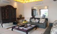 Living Area - Villa Kipi - Batubelig, Bali