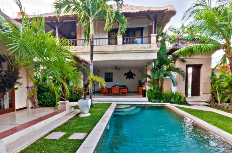 Pool Side - Villa Krisna - Seminyak, Bali