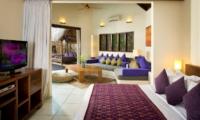 Bedroom with Sofa and TV - Villa Kubu 11 - Seminyak, Bali