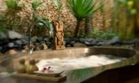 Bathtub - Villa Kubu 11 - Seminyak, Bali