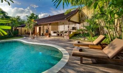 Pool Side Loungers - Villa Kubu 4 - Seminyak, Bali