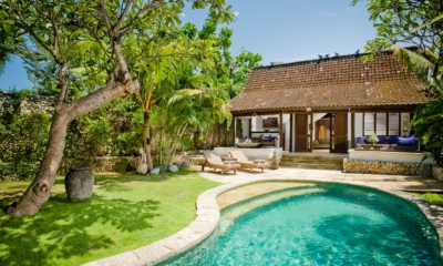 Gardens and Pool - Villa Kubu 7 - Seminyak, Bali