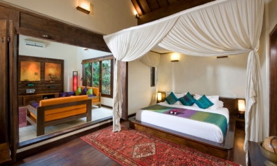 Bedroom with Wooden Floor - Villa Kubu 9 - Seminyak, Bali
