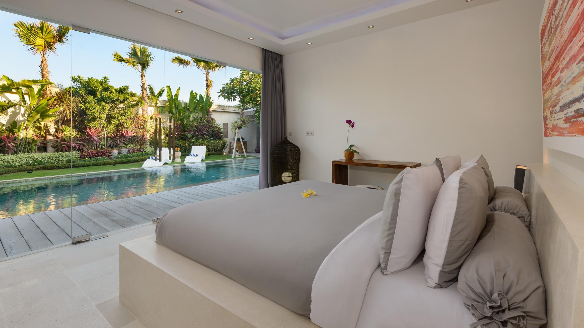 Bedroom with Outdoor View - Villa Kyah - Seminyak, Bali