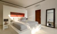 Bedroom with Mirror - Villa Kyah - Seminyak, Bali