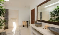 His and Hers Bathroom with Shower - Villa Kyah - Seminyak, Bali