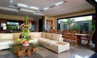 Living and Dining Area - Villa Lega - Seminyak, Bali
