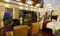 Bedroom with Wooden Floor - Villa Lega - Seminyak, Bali