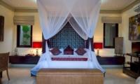 Bedroom with Table Lamps - Villa Lega - Seminyak, Bali